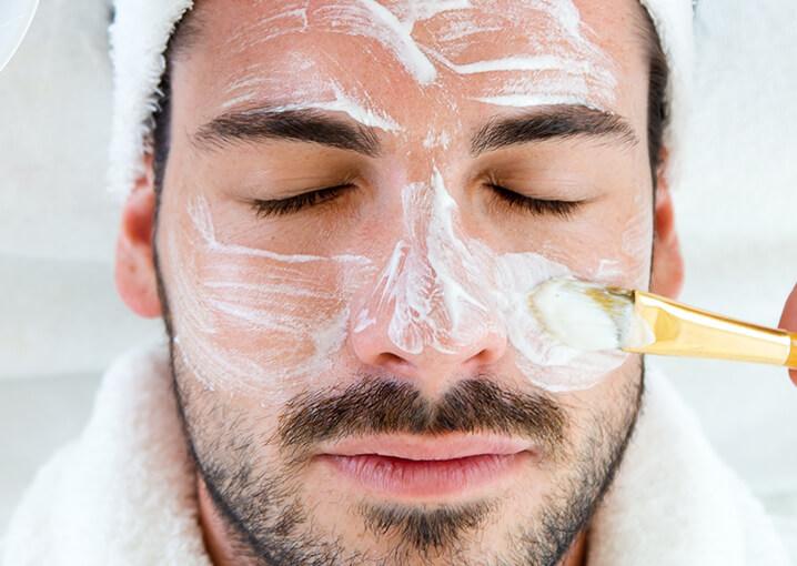 Gesichtshautmänner wie verbessert man