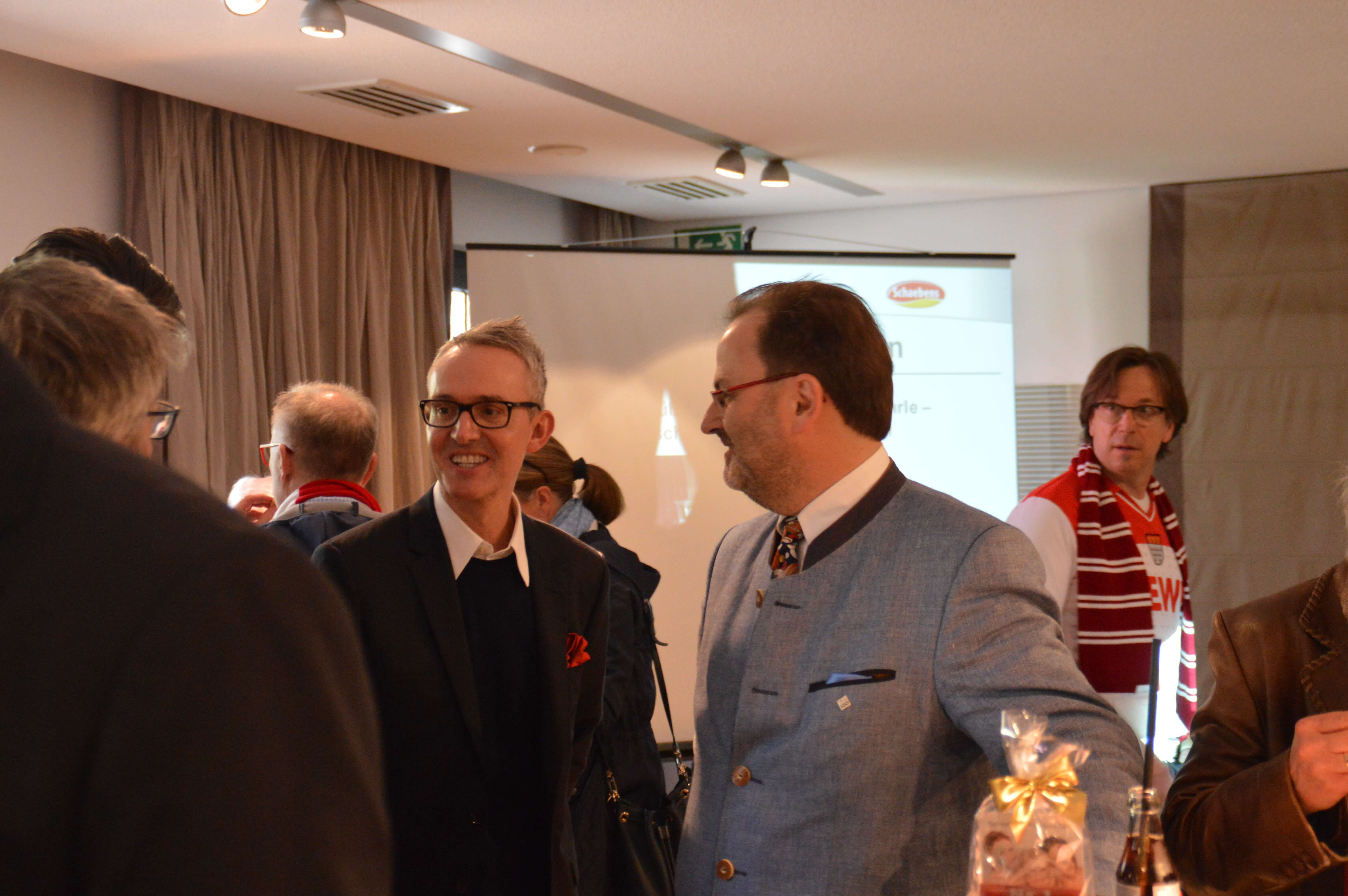fc-schaebens-sponsoring-partner des tages-club astoria-frauenfußball