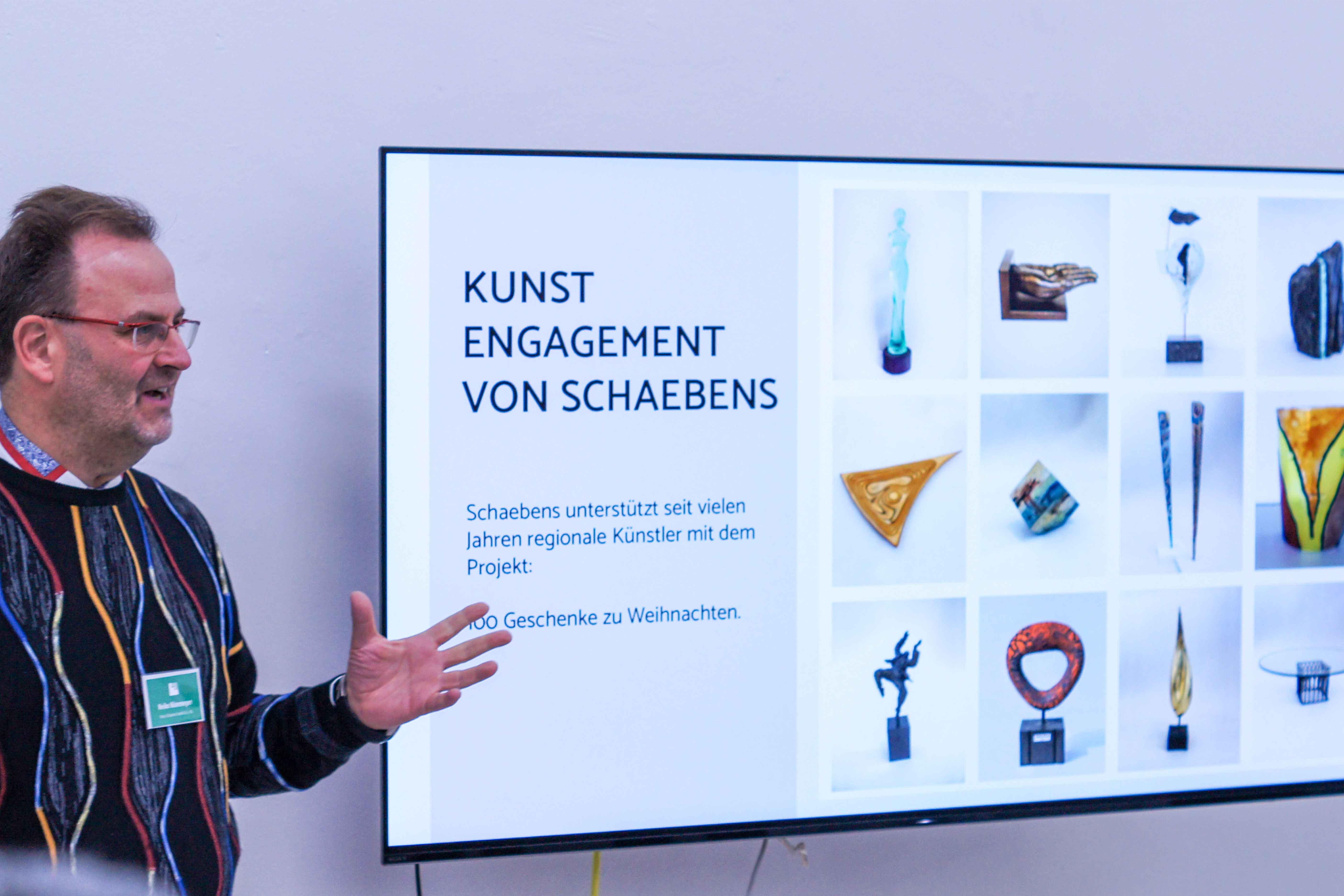 schaebens-zerowasteart-kunst-umwelt-partner-plastikmuell-interaktiv-kunstausstellung-vernissage