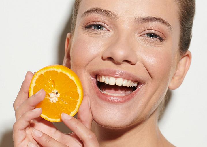 vitamin-c-serum-von-schaebens-glow-booster
